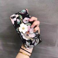 Чехол-накладка на Apple iPhone 6/6S, пластик, 3D, с цепочкой, цветы