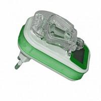Сетевое универсальное зарядное устройство Лягушка, Activ 2P321, Auto/LCD/USB, зеленый