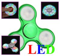 Спиннер, 3 спиц, 1 подш., пластик, светодиодный, 7*7 см, зеленый