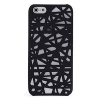 Чехол-накладка на Apple iPhone 5/5S, пластик, выруб, черный